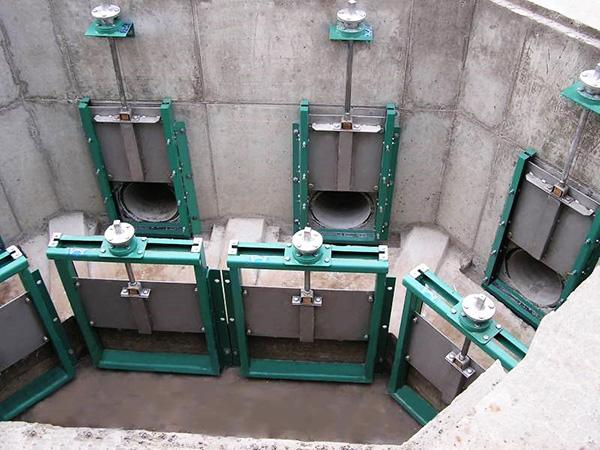 механизмы щитовых затворов