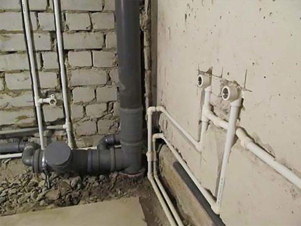 Монтаж пластиковой канализации в помещении
