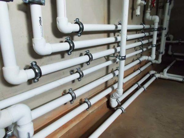 Монтаж трубопровода водоснабжения