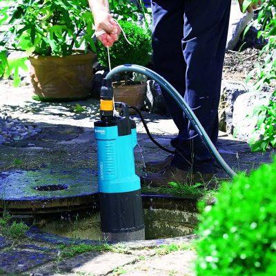 Погружение насоса для канализации частного дома