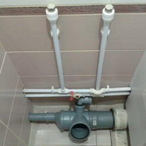 Как сделать разводку канализации в частном доме с учетом фановой трубы
