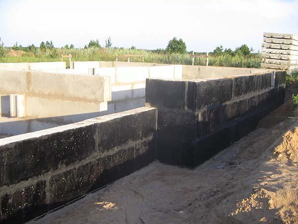 гидроизоляция стен из блоков