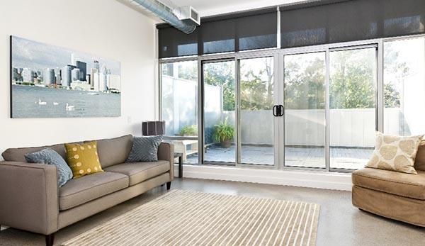 алюминиевая балконная дверь