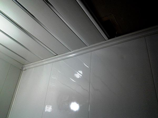 потолочные пластиковые панели