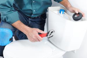 Как починить текущий унитаз