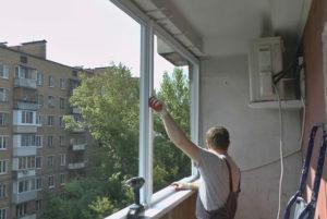 Балконные окна: какие выбрать, виды, достоинства и недостатки