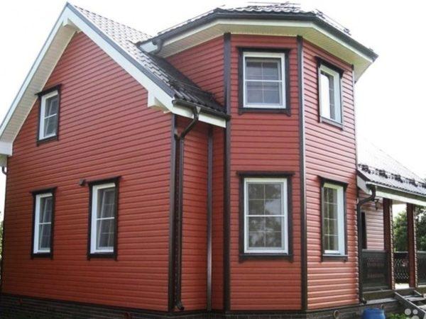 Дом, обшитый сайдингом